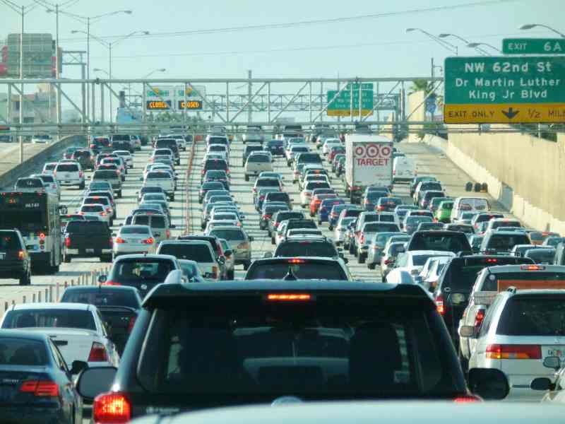 Safe Driving Tips Traffic Jam