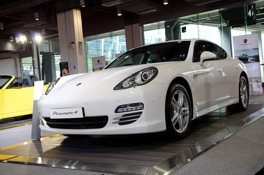 Neymar Cars Porsche